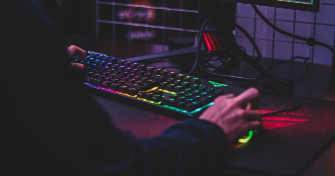 Gamer tastatur test 2021 – De 5 bedste på markedet + Guide